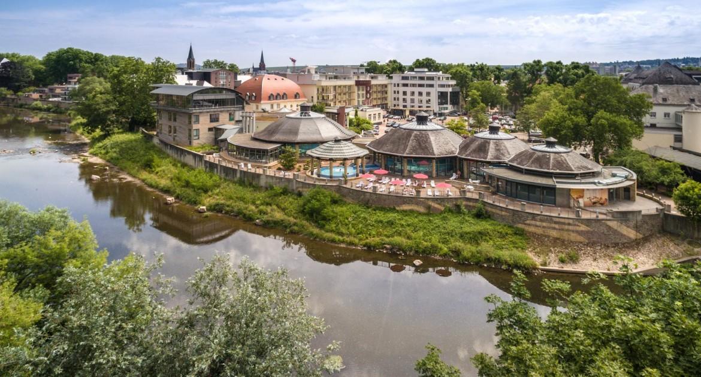 Bad Kreuznach: 3 Tage für 2 im PK Parkhotel Kurhaus mit tägl. Tagestickets für das die Crucenia Thermen 165€