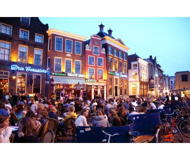 Holland: 4 Tage im Deluxe Doppelzimmer im 4* City Hotel Stadskanal..