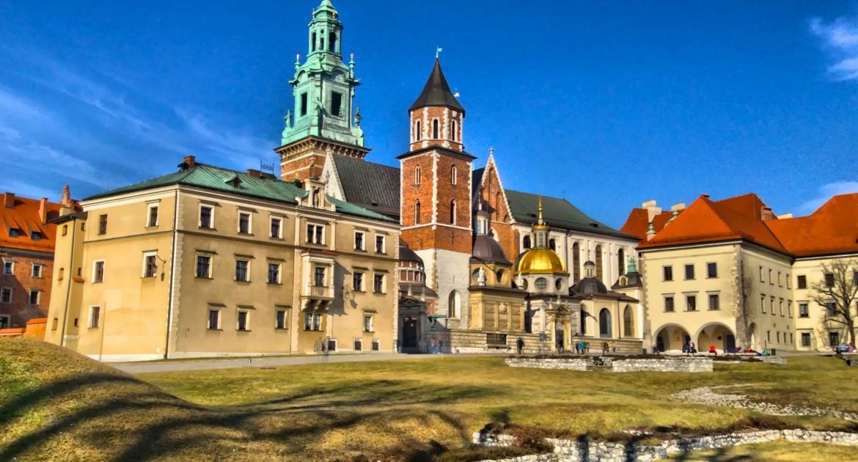 Polen Krakau: 3 Tage für 2 Personen inkl. Frühstück, Sauna, Eislaufen, Schwimmen im Hotel Daisy Superior *** für 95€