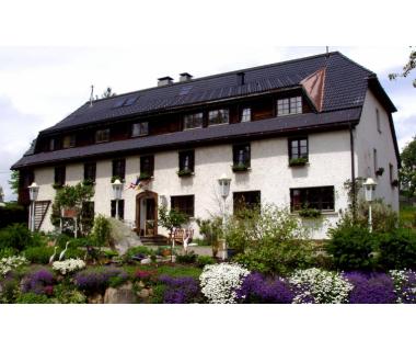 Schwarzwald: 3 Tage im 3* Hotel inkl. Frühstück für 2 Personen Hotel Das Landhau..