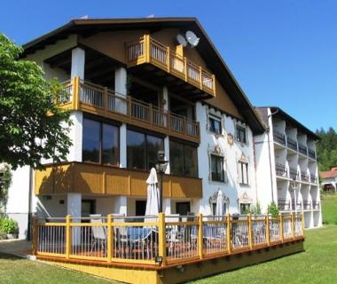 2 Übernachtungen für 2 Personen im Komfort-Doppelzimmer mit 4 - Gang- Menü inkl. Frühstück im Ferien-Hotel Riesberghof