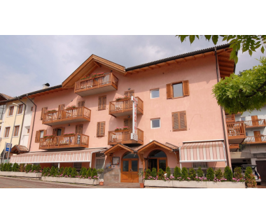 Italien: 2 ÜN im DZ für 2 Personen inkl. Halbpension im Hotel alle Piramidi..
