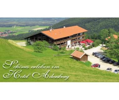 Chiemsee/Grassau: 2 Tage im für Zwei mit Frühstück, Sauna, Außenpool und Parkpla..