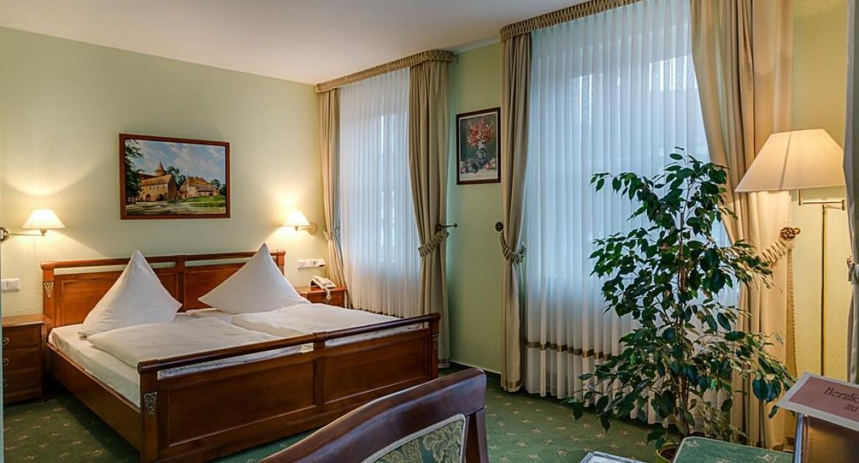 Tollensesee: 3 Tage im DZ bzw. Komfortzimmer inkl. Frühstück und Burgtickets für 2 Personen