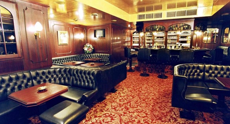 Köln: 3 Tage in einem Standard-Zweibettzimmer (Twinbett) oder Doppelzimmer (nach Verfügbarkeit) im Hotel Kaiser in Köln  für 111€