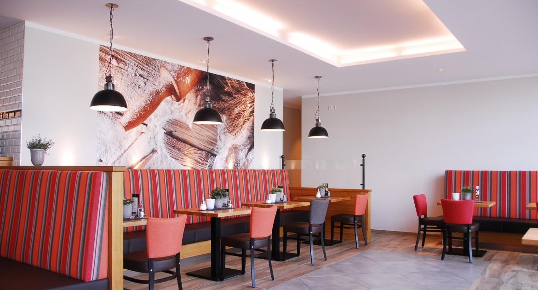 Paderborn: 3 Tage Kurzurlaub im DZ inkl. Bowling + Essen im IBB Blue Hotel Paderbon