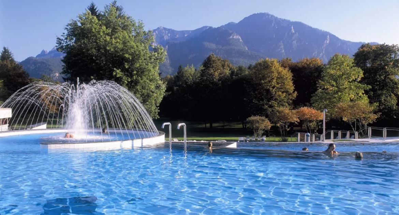 Bayern nahe Chiemsee: 3 Tage inkl. Halbpension & 4 Std. Rupertustherme im DZ für 185,00 €